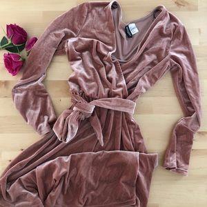 Dusty pink velvet mini dress